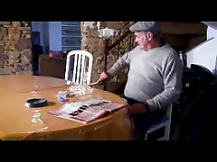 2 putes pour papy (french amateur dirty talk)