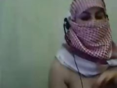 Palestine Arab Hijab Girl show her Big Boobs in Webcam