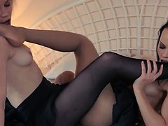 Horny blond lets fuck by big strapon