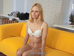 Experienced fellow gets to play with hot blonde Liana