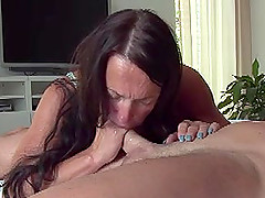 Amateur MILF and her new friend visit a hotel