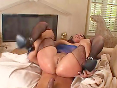 Gianna Michaels hardcore threesome with big cocks plunging inside her