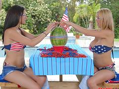 Two raunchy smoking hot bimbos have some kinky lesbian fun