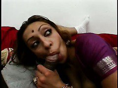 Wild brown eyed Indian hoe Medaha Jangda works on hairy cocks (FMM)