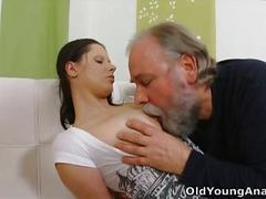 Anal sex craving teen begs older man to take her back passage