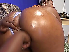 BBW ebony lesbians Brownie Girl and Sweet Vanilla licking cunt and toy fucking