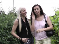 English mature oral sixtynining in trio