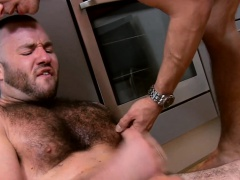 Uk bear anally rammed in trio before cumshot